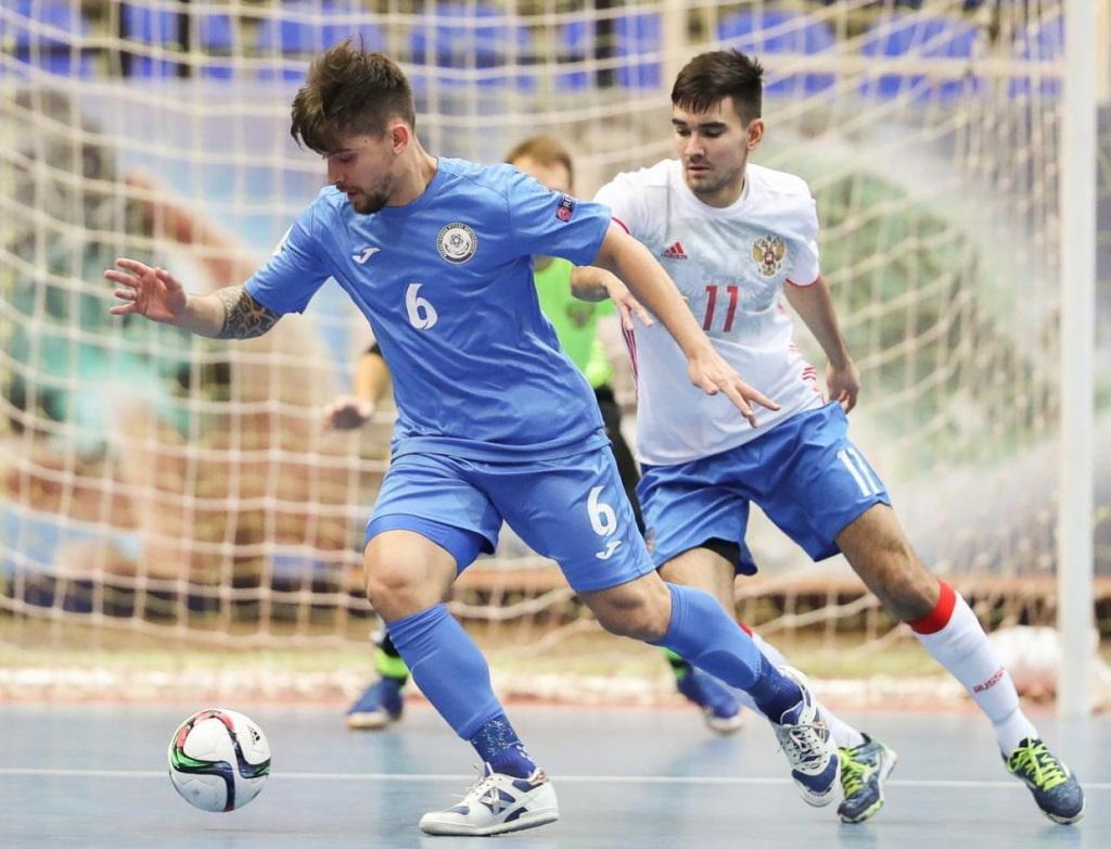 Игроки мини-футбольного клуба «Норильский никель» проходят сборы в своих национальных командах