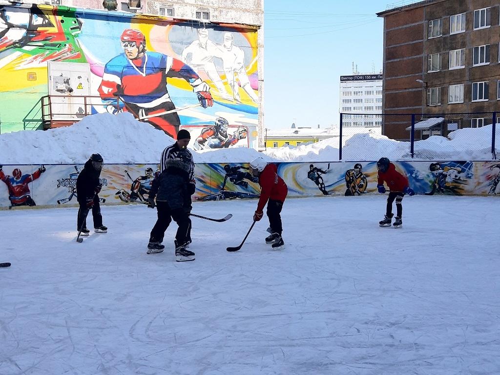 Хоккейный турнир «Спортивный Север» выявил сильнейшую дворовую команду