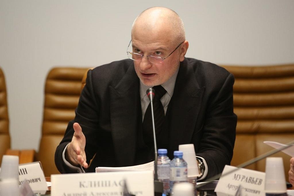 Андрей Клишас прокомментировал ежегодное Послание Президента России Владимира Путина Федеральному Собранию