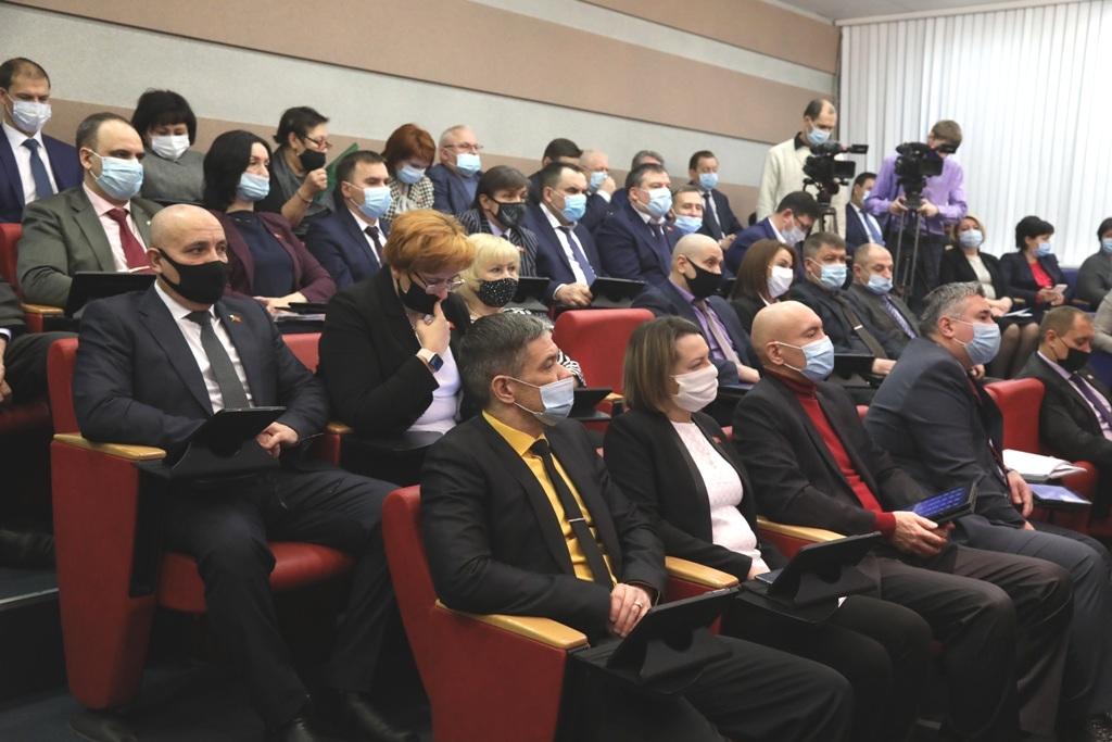 Состоялась первая в 2021 году сессия горсовета