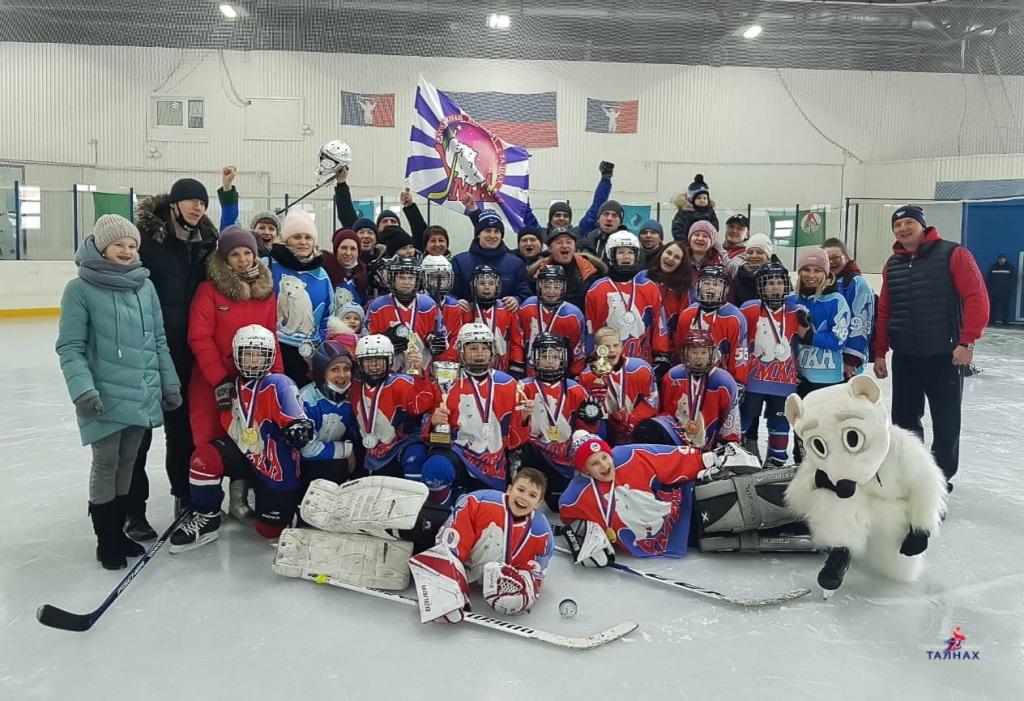 18 апреля на крытом катке «Умка» прошёл турнир по хоккею с шайбой на Кубок спорткомплекса «Талнах»