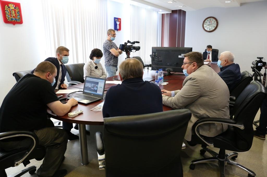 Норильск принял участие в селекторном совещании комитета по охране здоровья и социальной политике ЗС края