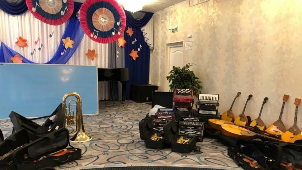 Таймырская школа искусств получила новые музыкальные инструменты