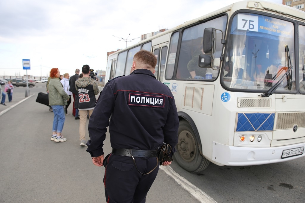 В Норильске продолжаются профилактические рейды по соблюдению масочного режима