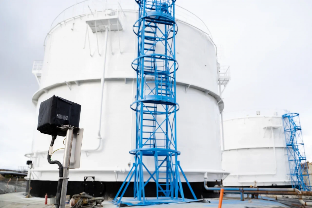 На Дудинской и Норильской нефтебазах топливного подразделения «Норникеля» установили систему противоаварийной защиты