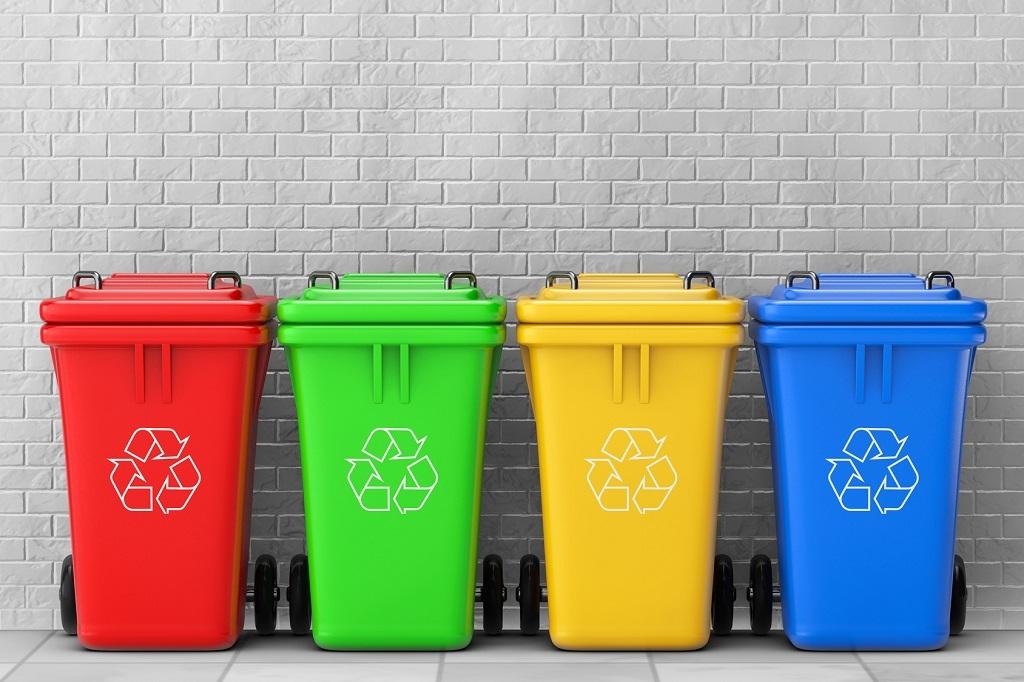 Правительство РФ выделило один миллиард рублей на закупку контейнеров для раздельного сбора отходов