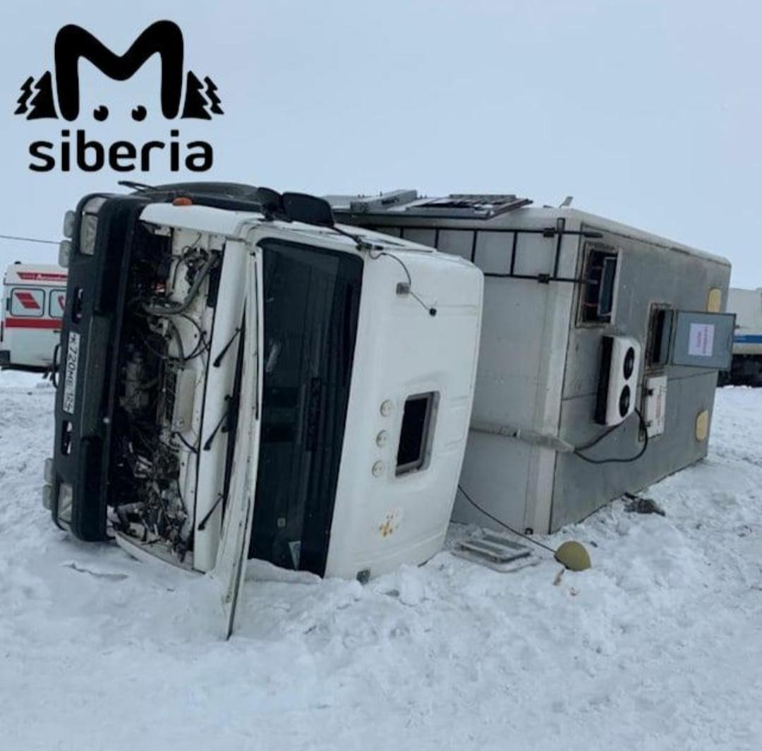 В аварии на автодороге Норильск-Алыкель пострадали пятеро осуждённых