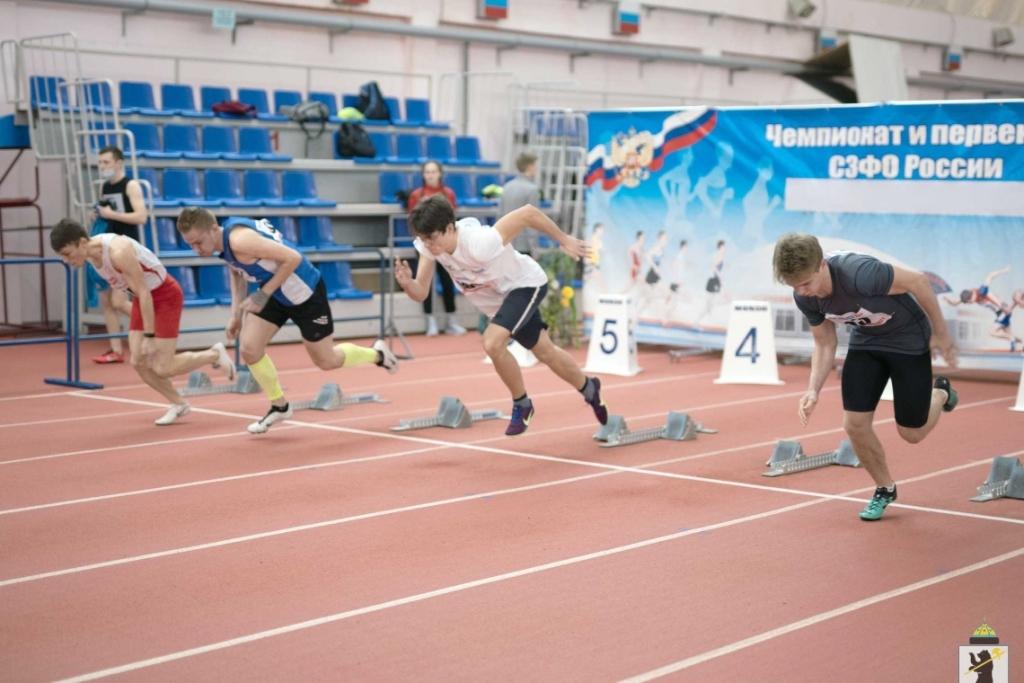 Норильские легкоатлеты удачно выступили на чемпионате и первенстве Сибирского федерального округа
