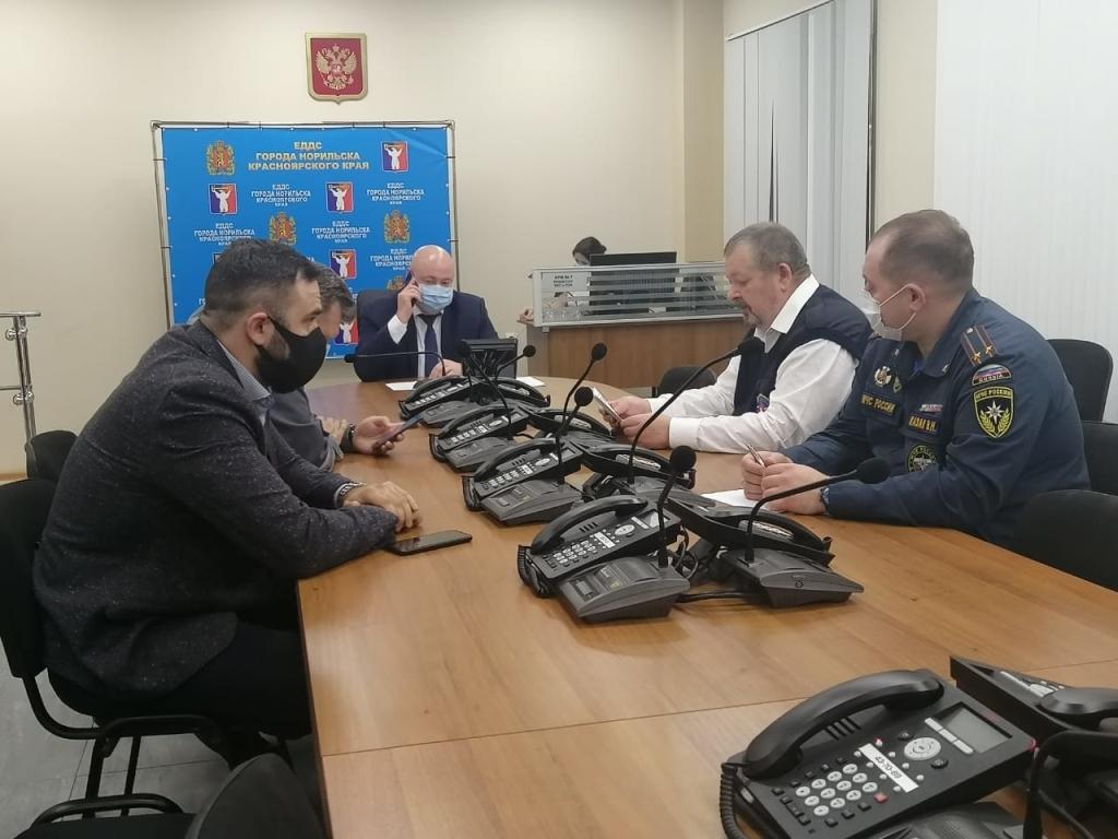Исполняющий полномочия Главы города провел заседание КЧС города Норильска