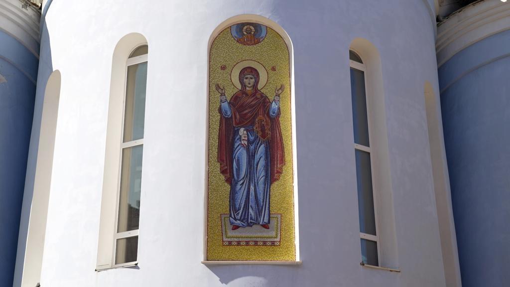В Норильском кафедральном соборе освятили икону Божией Матери