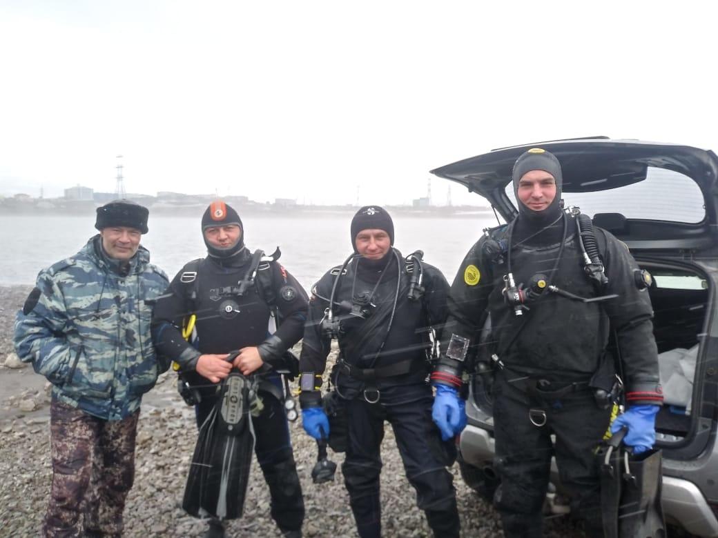 Норильские дайверы и участники клуба моржей «Умка» присоединились к международной акции по очистке водоёмов