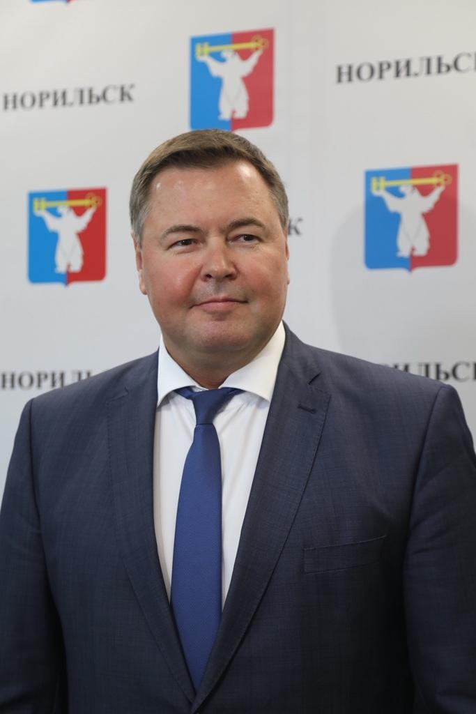 Дмитрий Свиридов, представитель Законодательного собрания Красноярского края, посетил Норильск с рабочим визитом