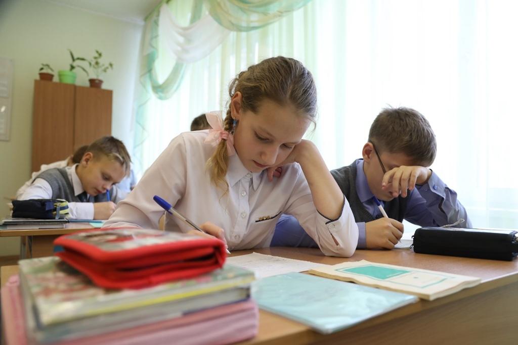 Очное посещение школьниками образовательных учреждений зависит от уровня заболеваемости на территории