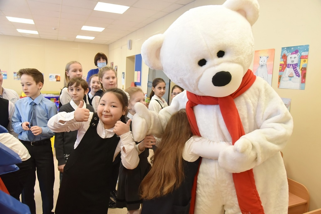 Просветительский центр «Белый мишка» совместно с Молодёжным центром Норильска отметил Международный день белого медведя