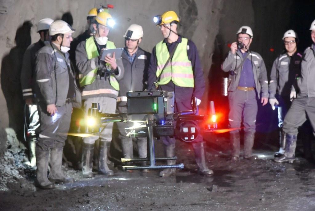 На руднике «Комсомольский» в подземных выработках прошли испытания беспилотного летательного аппарата (БПЛА)
