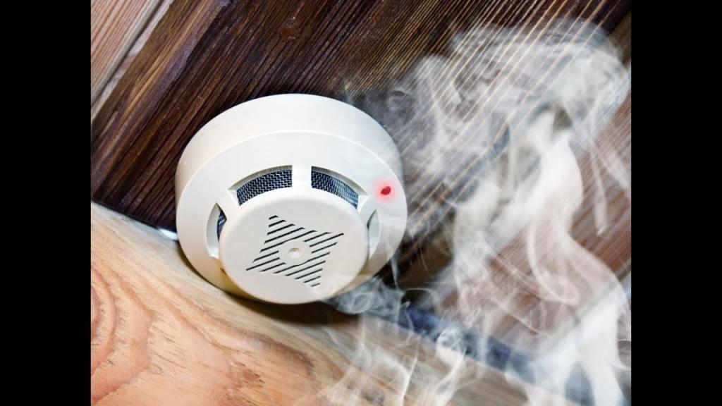 В квартирах всех норильских малообеспеченных семей установлены противопожарные датчики