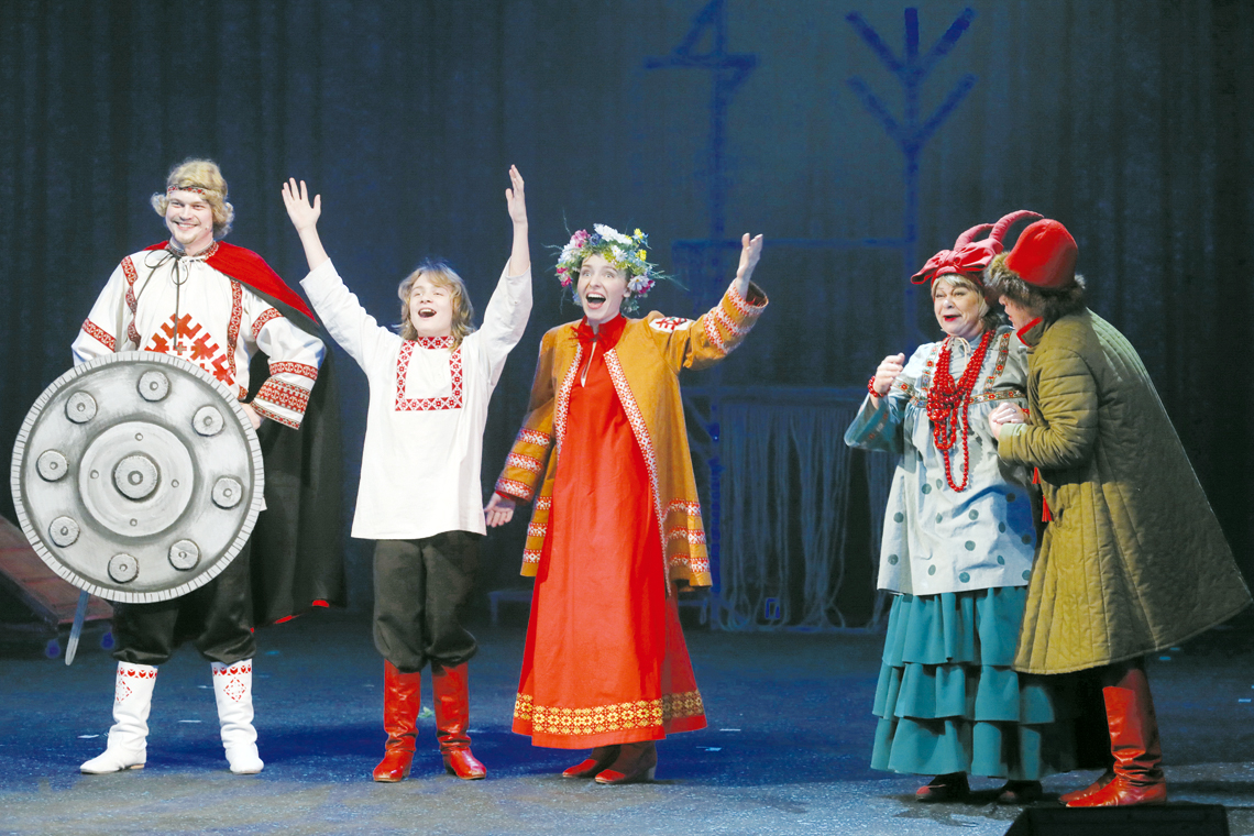Юный актёр Вова Зима принимает участие в новогодней сказке «Финист — Ясный сокол»