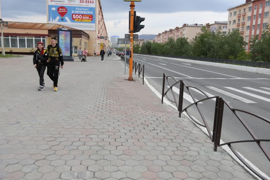 На пешеходных переходах Норильска появятся специальные ограждения