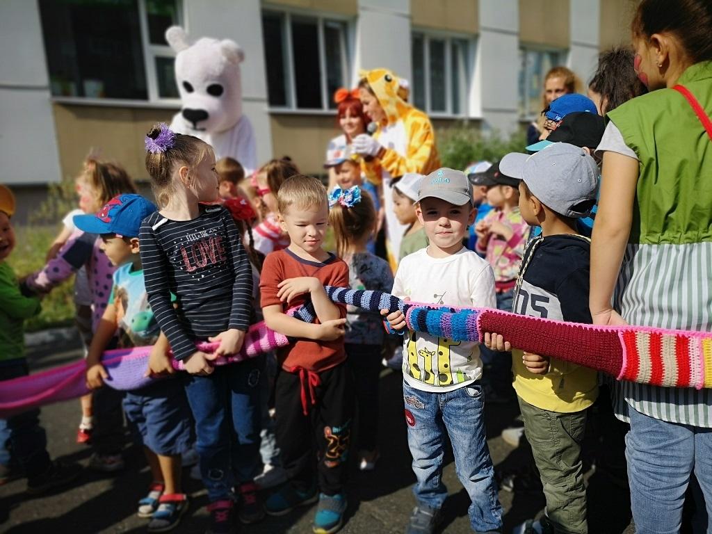 Талнахская городская библиотека приглашает всех на фестиваль «День полярного жирафа»