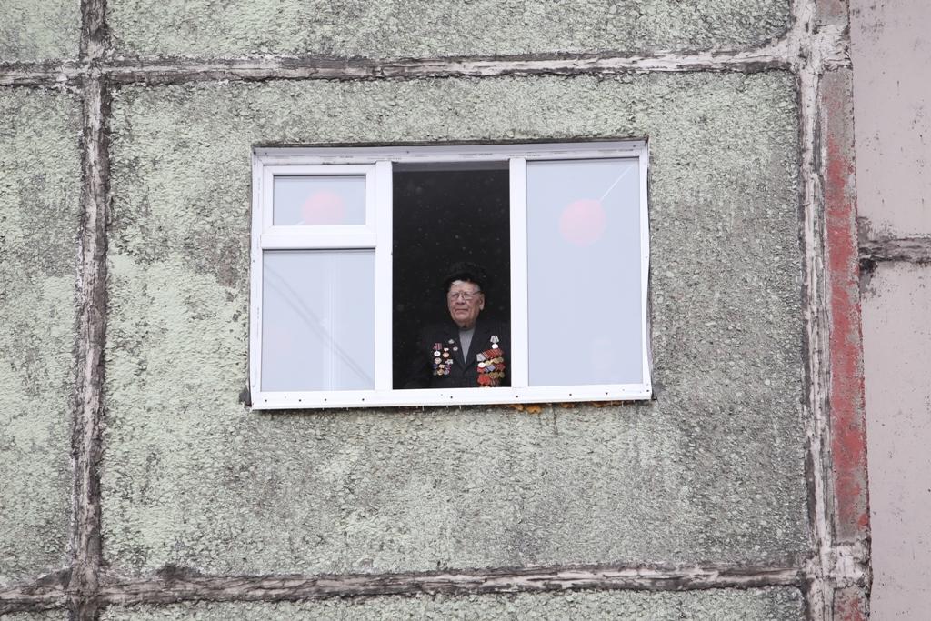 Горожане поздравили с грядущей годовщиной Великой Победы Виктора Николаевича Грекова