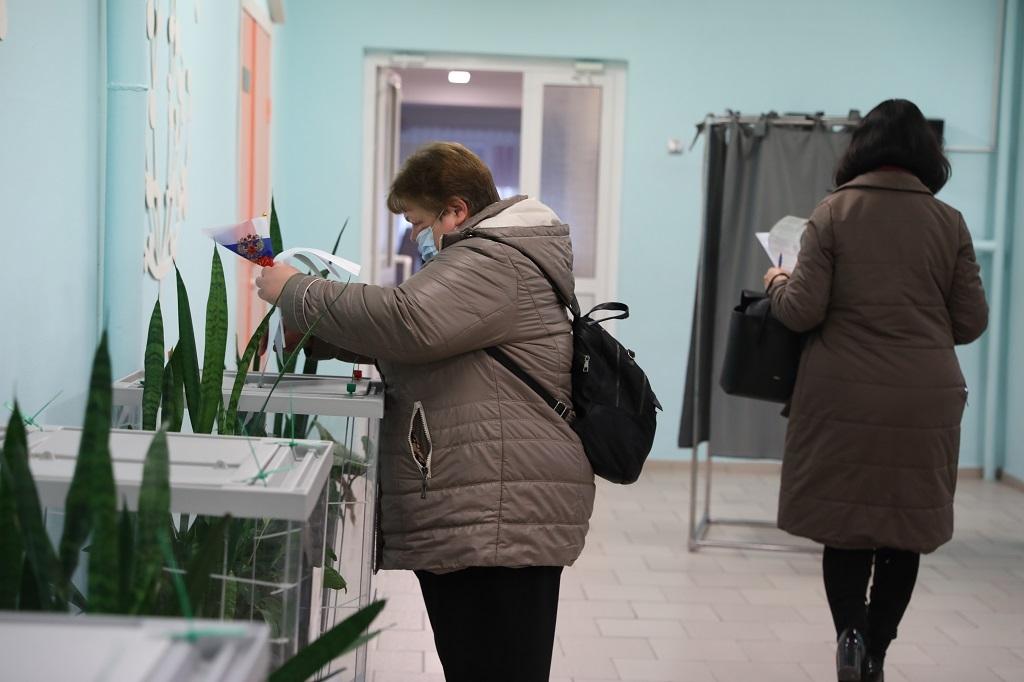 Сегодня - первый день выборов депутатов в Государственную Думу Российской Федерации и краевое Законодательное собрание