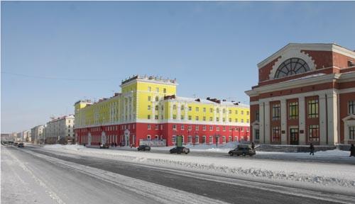 Ленинский проспект: Комсомольская площадь