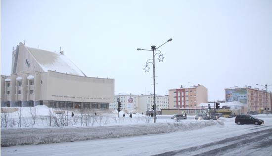 Ленинский проспект: Театральная площадь