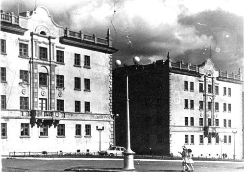 Улица Ломоносова и улица Анисимова
