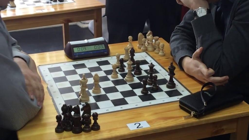 Лучшие шахматисты города продолжают баталии в рамках чемпионата города по классическим шахматам