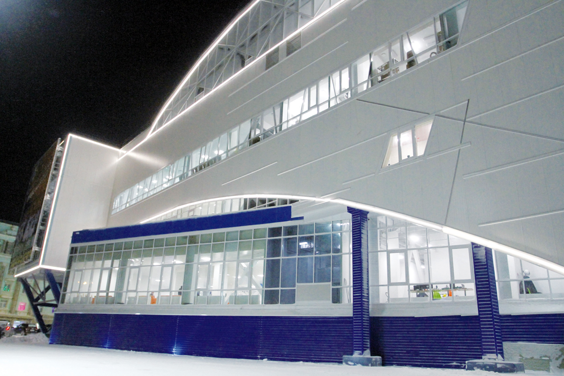 В Норильске открылся спортхолл «Айка»