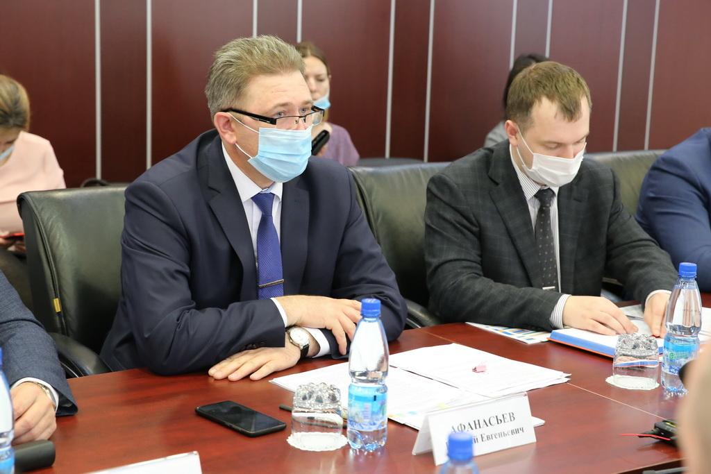 Краевой министр промышленности, энергетики и жилищно-коммунального хозяйства побывал в Норильске с рабочим визитом