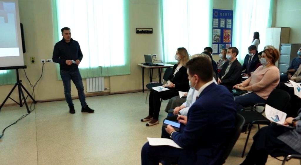 Глава города Дмитрий Карасев пообщался с участниками команды Норильск 2.0