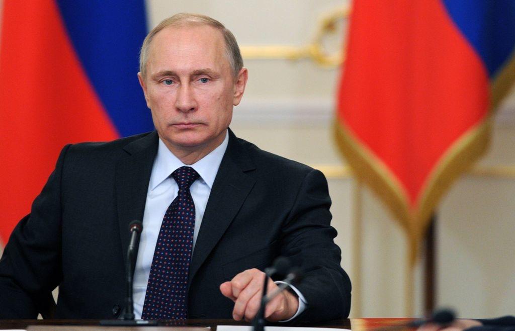 Сегодня президент России Владимир Путин проведёт совещание по ситуации с разливом дизтоплива ТЭЦ-3