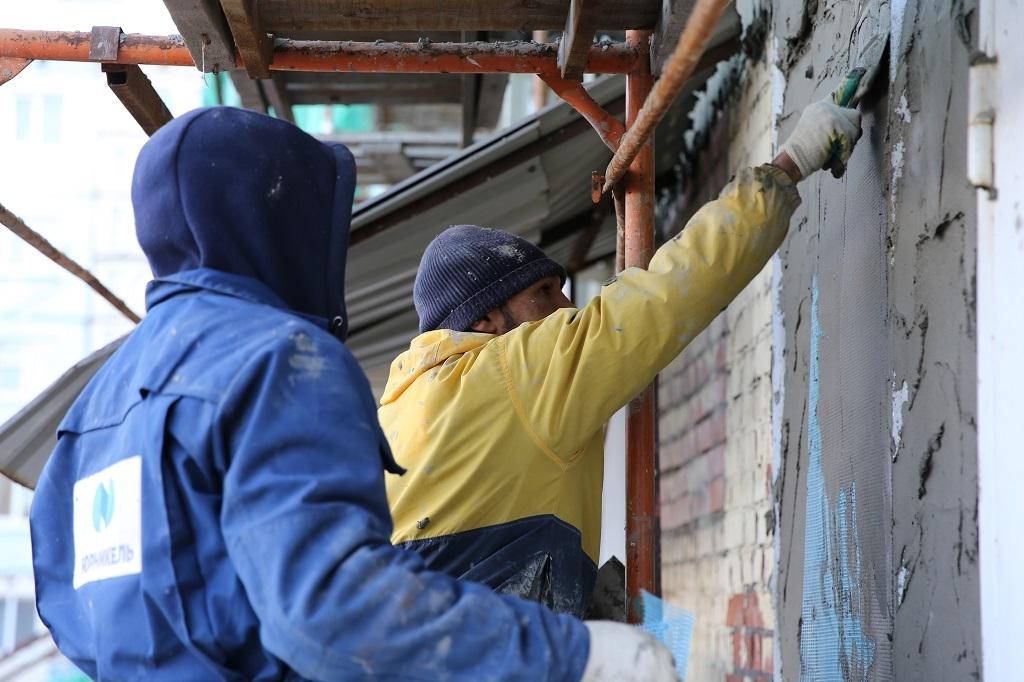 В Норильске нынешним летом планируют отремонтировать фасады 22 домов