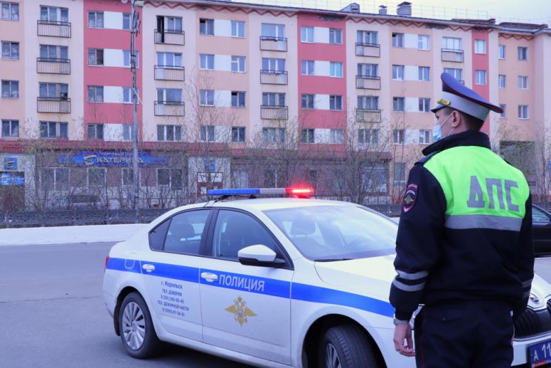 За минувшие выходные на дорогах Норильска зафиксировано более 100 нарушений