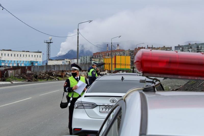 В выходные дни сотрудники дорожной полиции проведут оперативно-профилактические рейды