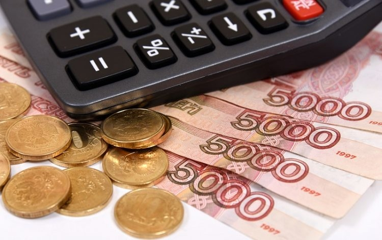 Сотрудники стационарных учреждений соцобслуживания края до 15 сентября будут получать дополнительные выплаты