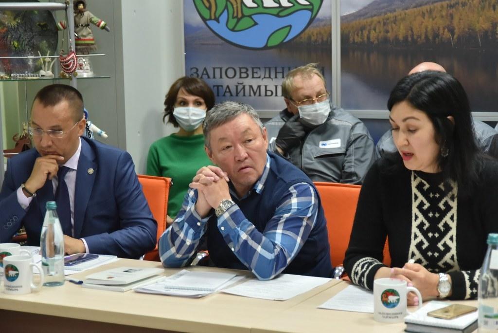 Утром в Норильске прошла встреча министра природных ресурсов и экологии России с представителями КМНС Таймыра