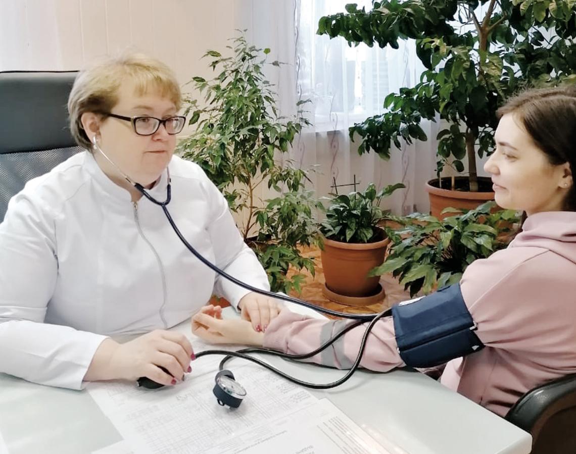 Затишье перед сменой: о буднях медиков - к профессиональному празднику