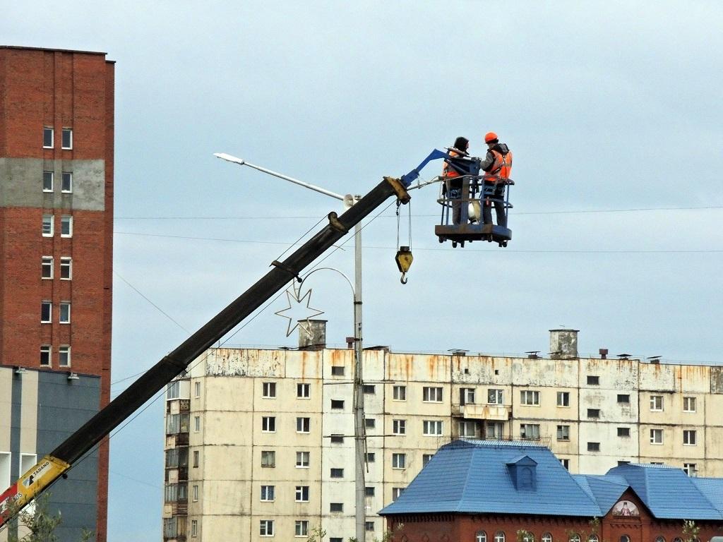 Работы по замене светильников уличного освещения выполнены почти на 100%