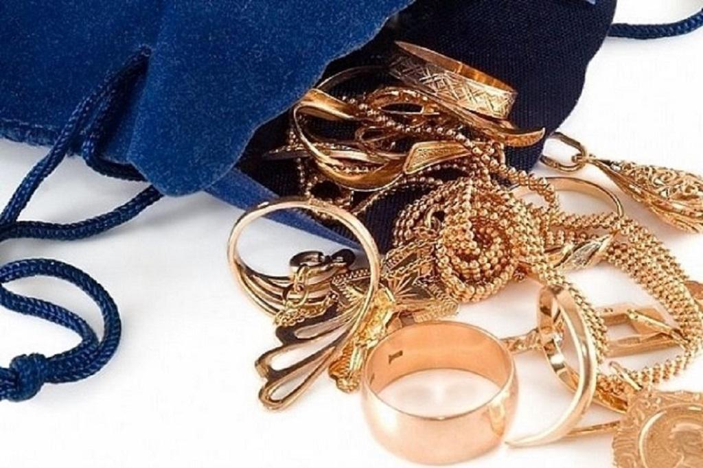 В Норильске будут судить молодого человека, который украл золотые украшения у своих приятельниц