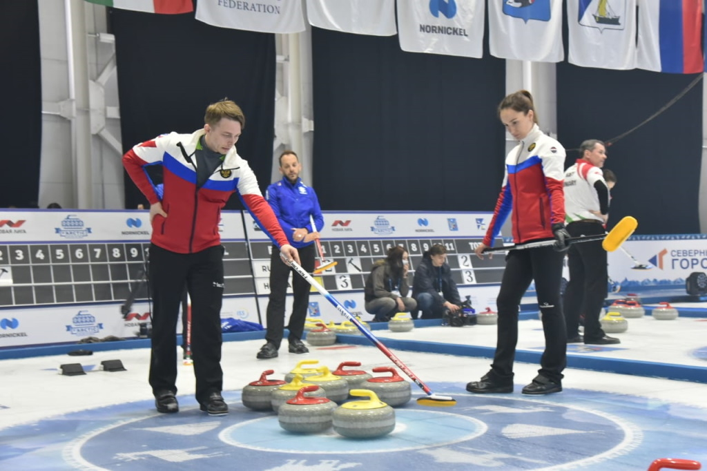 Первые встречи в рамках турнира Arctic Cup 2021 прошли сразу же после его торжественного открытия