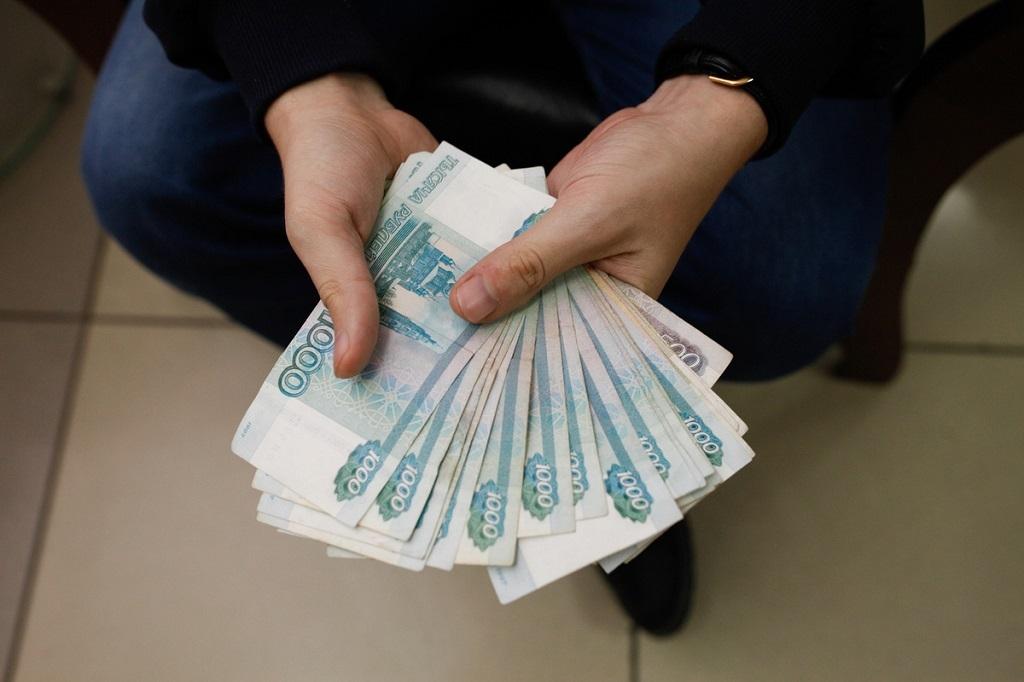 В Норильске задержали руководителя предприятия, который присваивал премии своих сотрудников