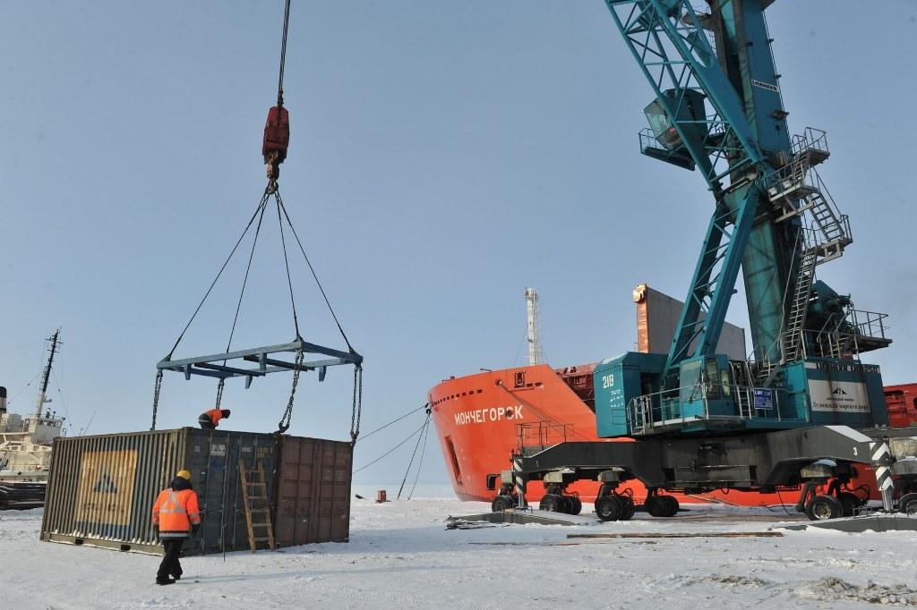 Целевые показатели перевозок по Северному морскому пути в конце 2020 года превысили 32 млн тонн