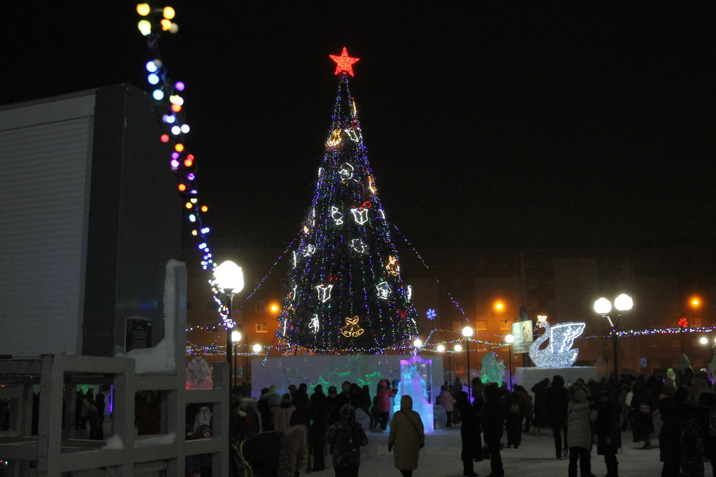 В 2022 году новогодние каникулы продлятся 10 дней