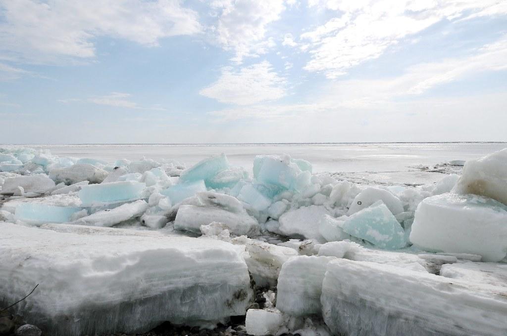 Кромка льда на Енисее находится в 220 км от Дудинки