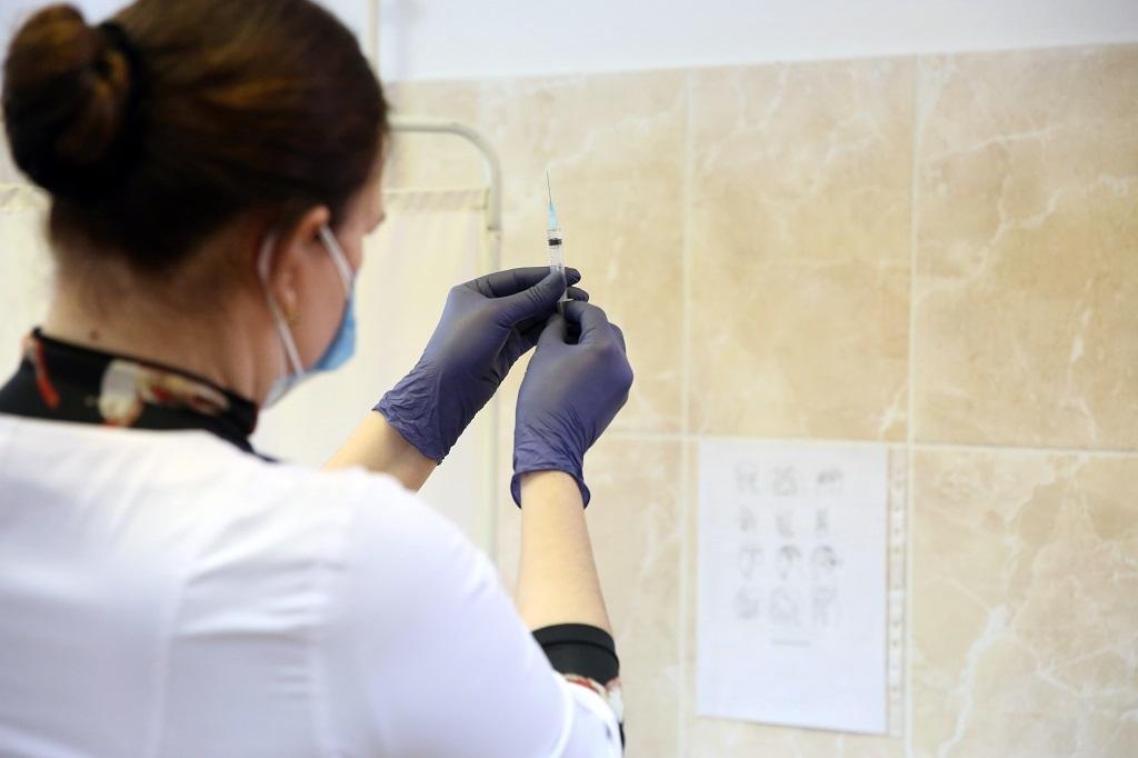 Вакцинацию против COVID-19 хотят внести в национальный календарь прививок