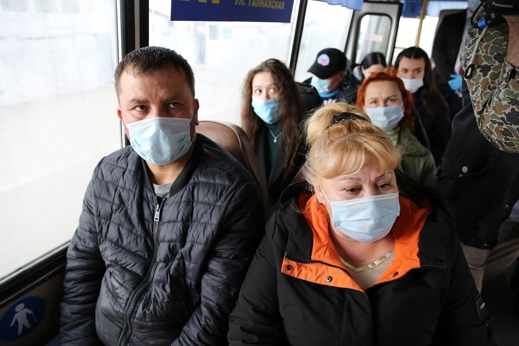 В Красноярском крае усиливается контроль за соблюдением масочного режима