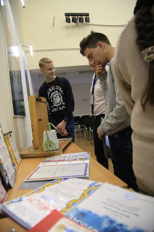 В Норильске одаренные старшеклассники смогут обучаться в специализированном классе третьего лицея естественнонаучного направления.