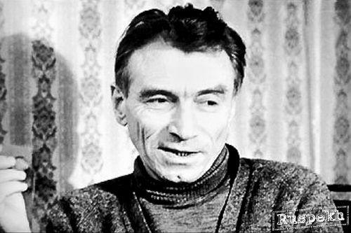 В Дудинке готовится к открытию выставка известного писателя и художника Виктора Конецкого. А встреча с женой художника состоится в Норильске.